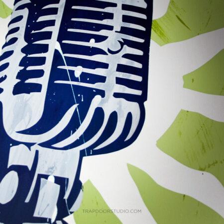 Microphone-retro-print-detail-arvizu