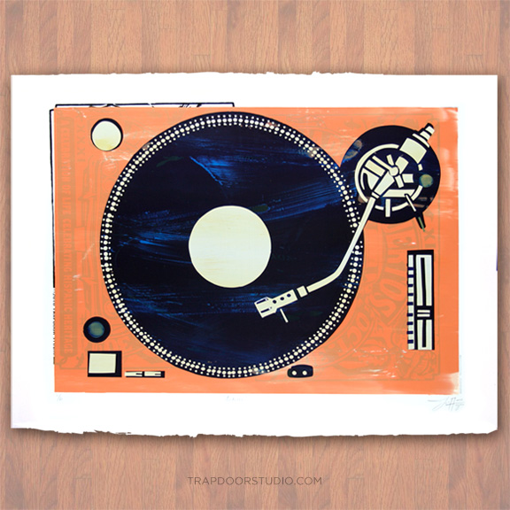 Analog-turntable-vintage-arvizu